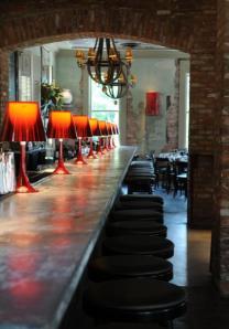 dinner bar
