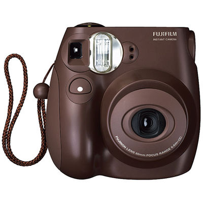 new-fuji-camera-to-take-instant-color-photos
